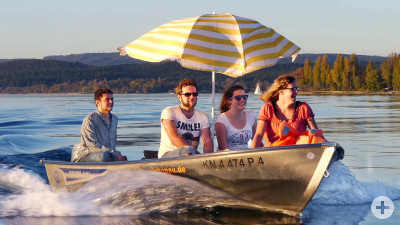 Motorboot fahren um die Insel Reichenau